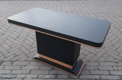 Halfronde Tafel Sidetable : Tafels de kringloods